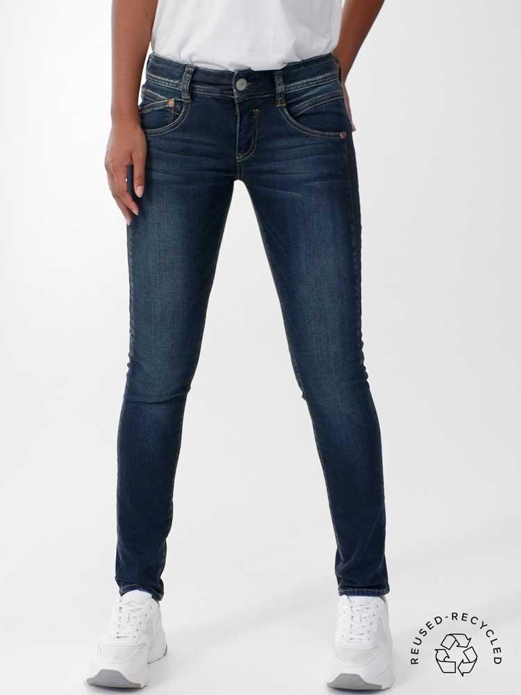 Herrlicher Gila Slim Jeans aus Reused Denim
