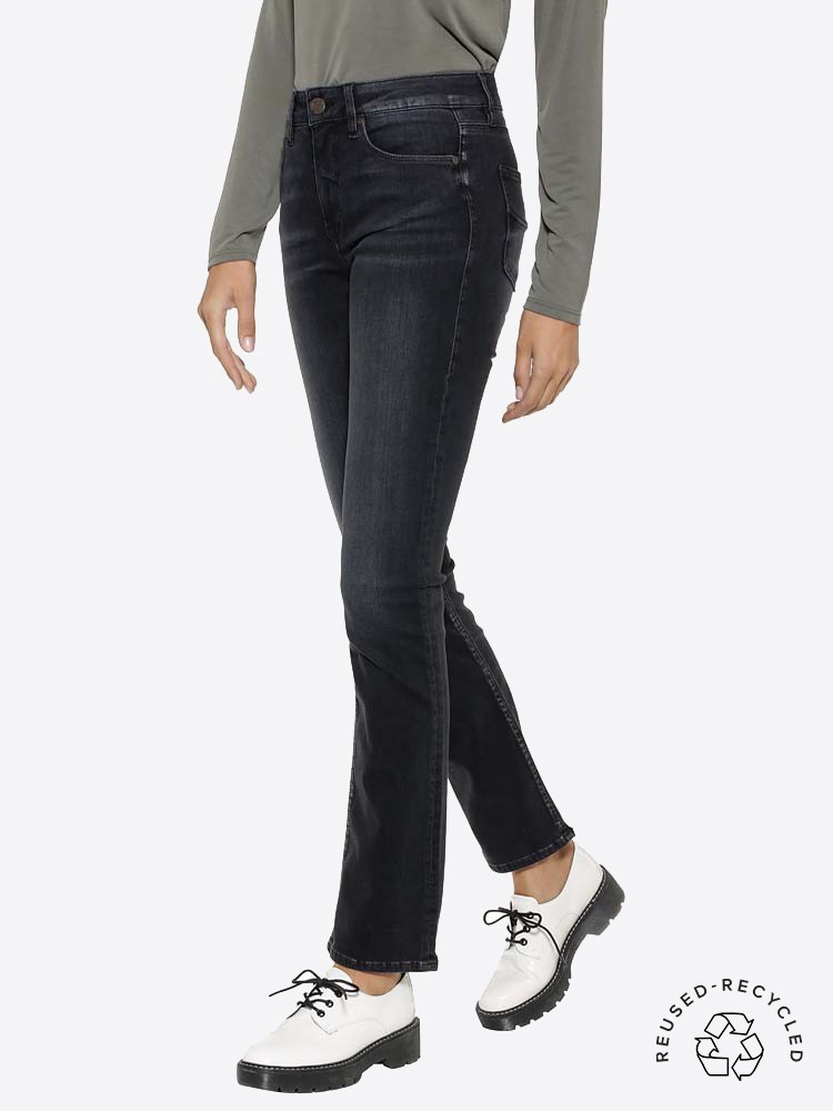 Herrlicher Super G Straight Jeans aus Reused Denim