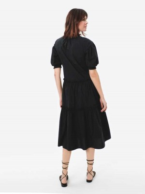 Herrlicher Cathrina Kleid mit Puffärmeln