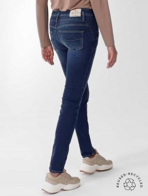 Herrlicher Sharp Jeans aus Reused Denim