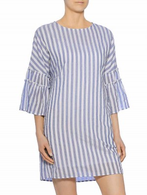Jelka Stripe Kleid, air, Modelbild vorne
