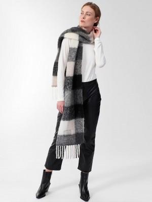 Herrlicher Gabrina Schal mit Alpaka-Wolle