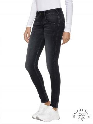Herrlicher Gila Slim Jeans mit recycelter Baumwolle